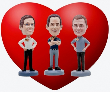 owners-heart-and-flag-pins